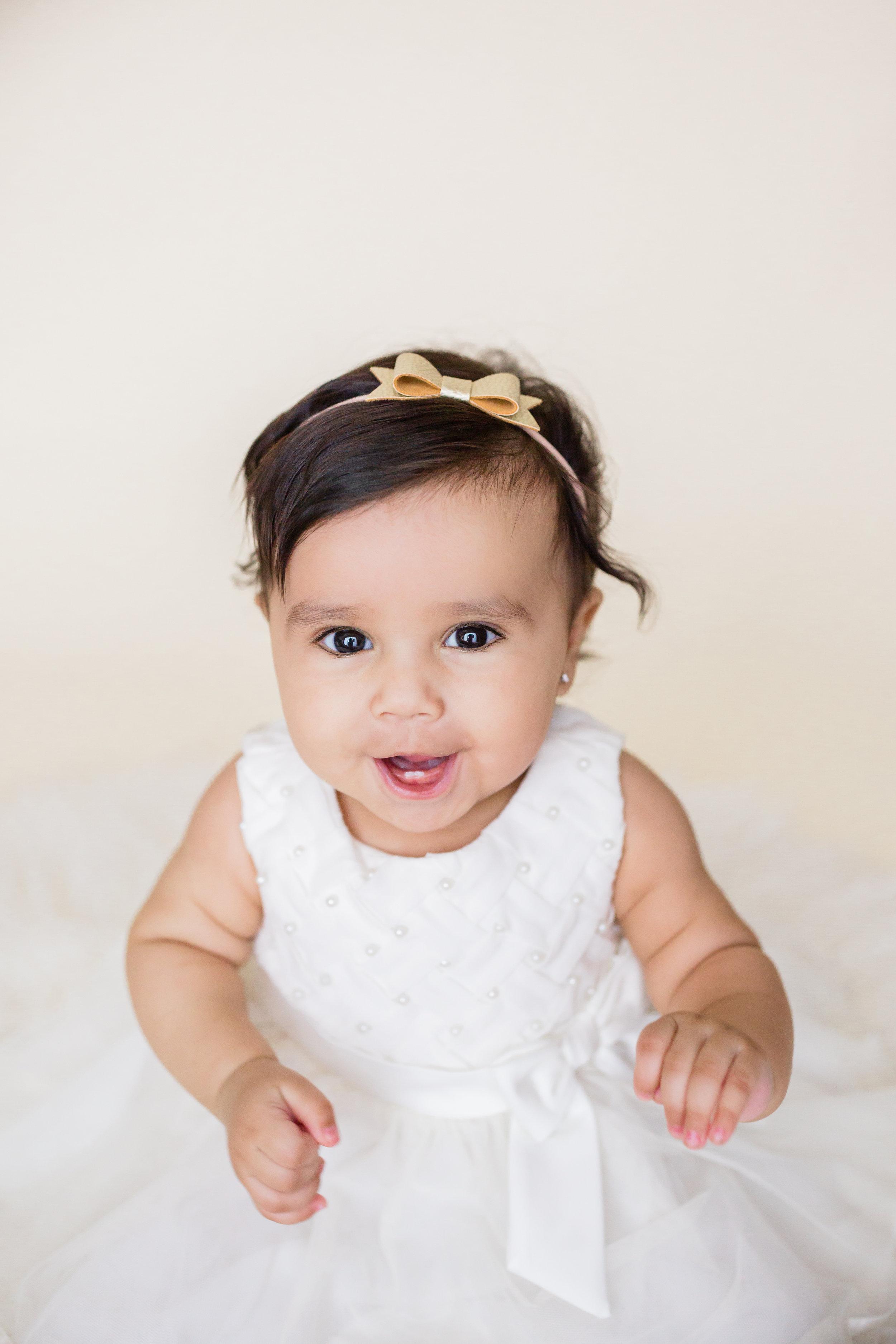 Sophia s 6 Month Session-Sophia-0026.jpg