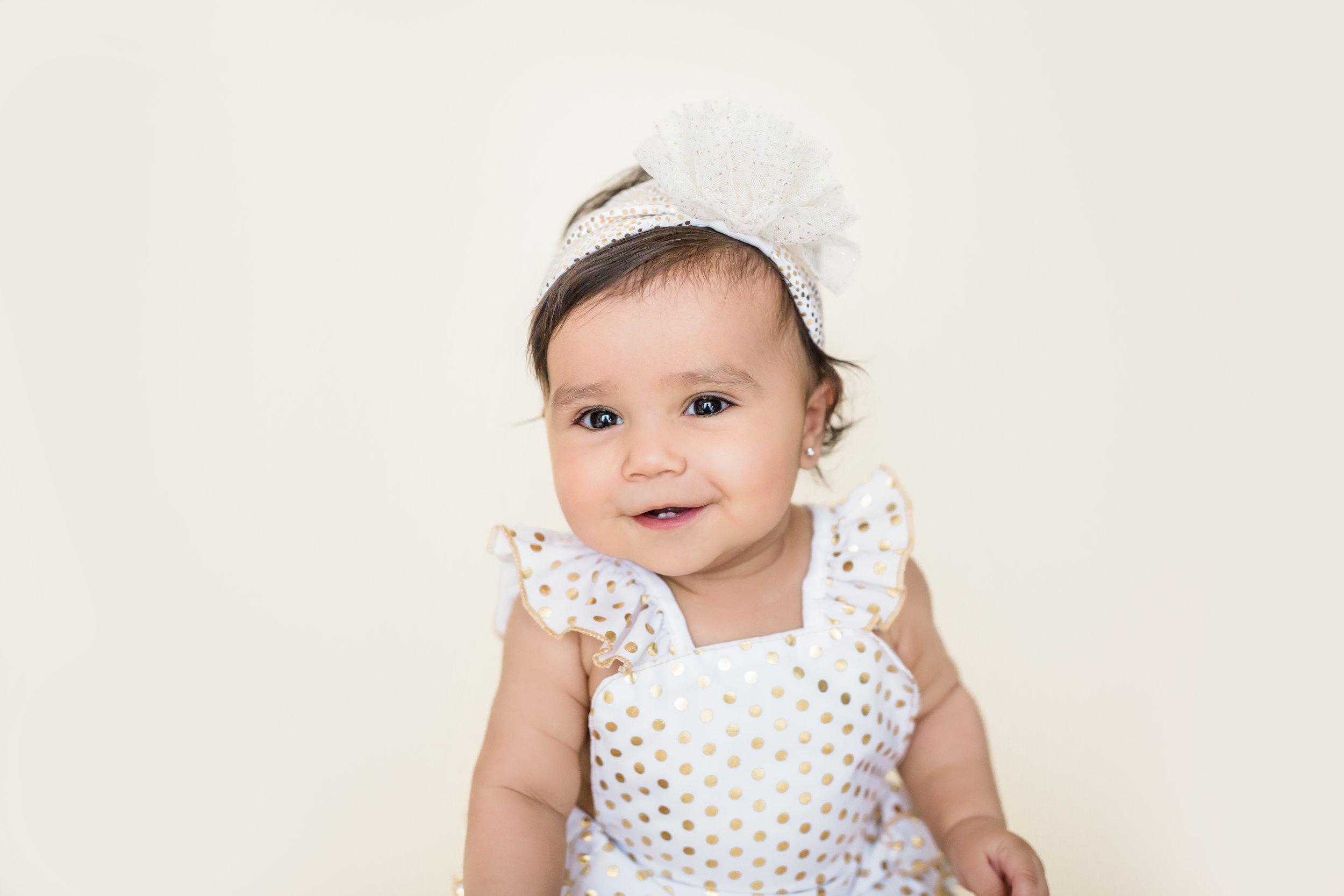 Sophia s 6 Month Session-Sophia-0012.jpg