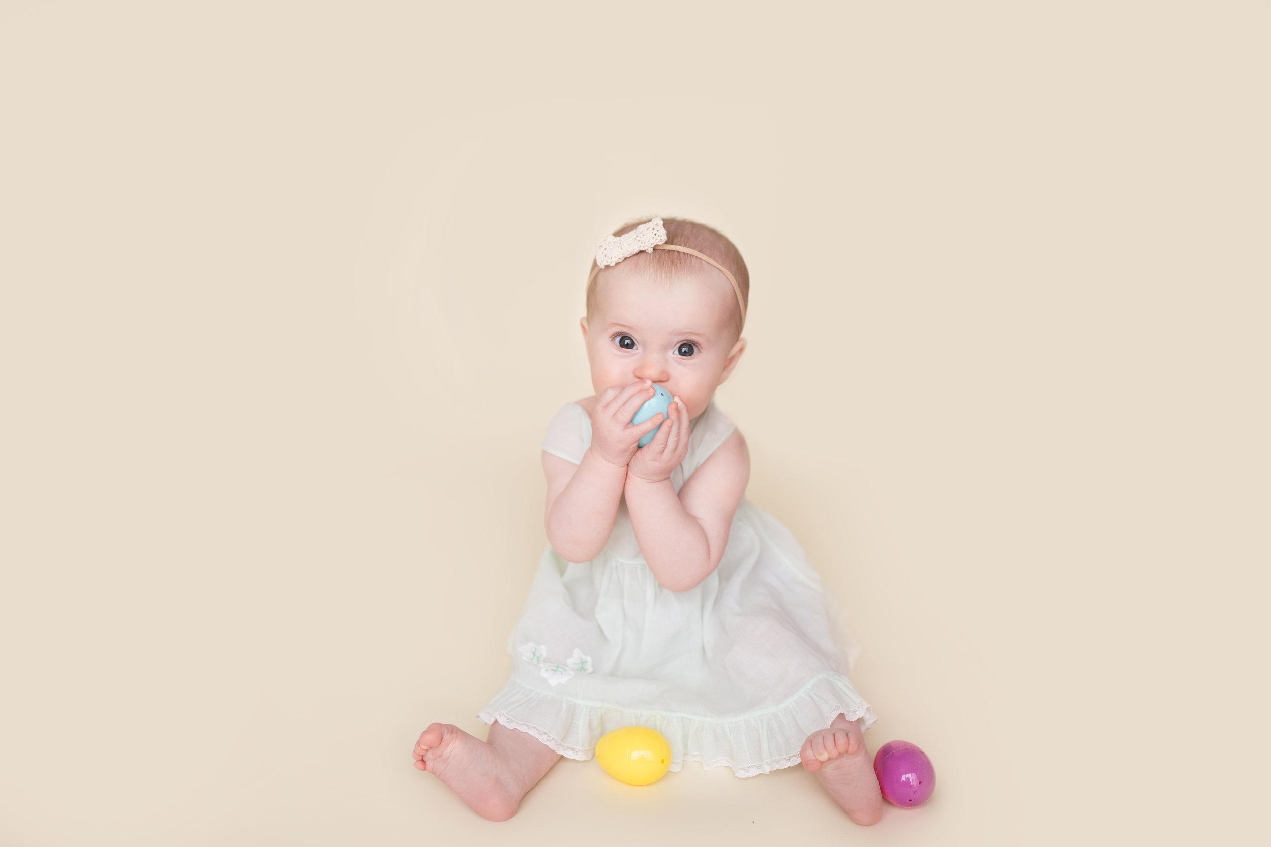 Emma s 6 Month Session-emma-0010.jpg