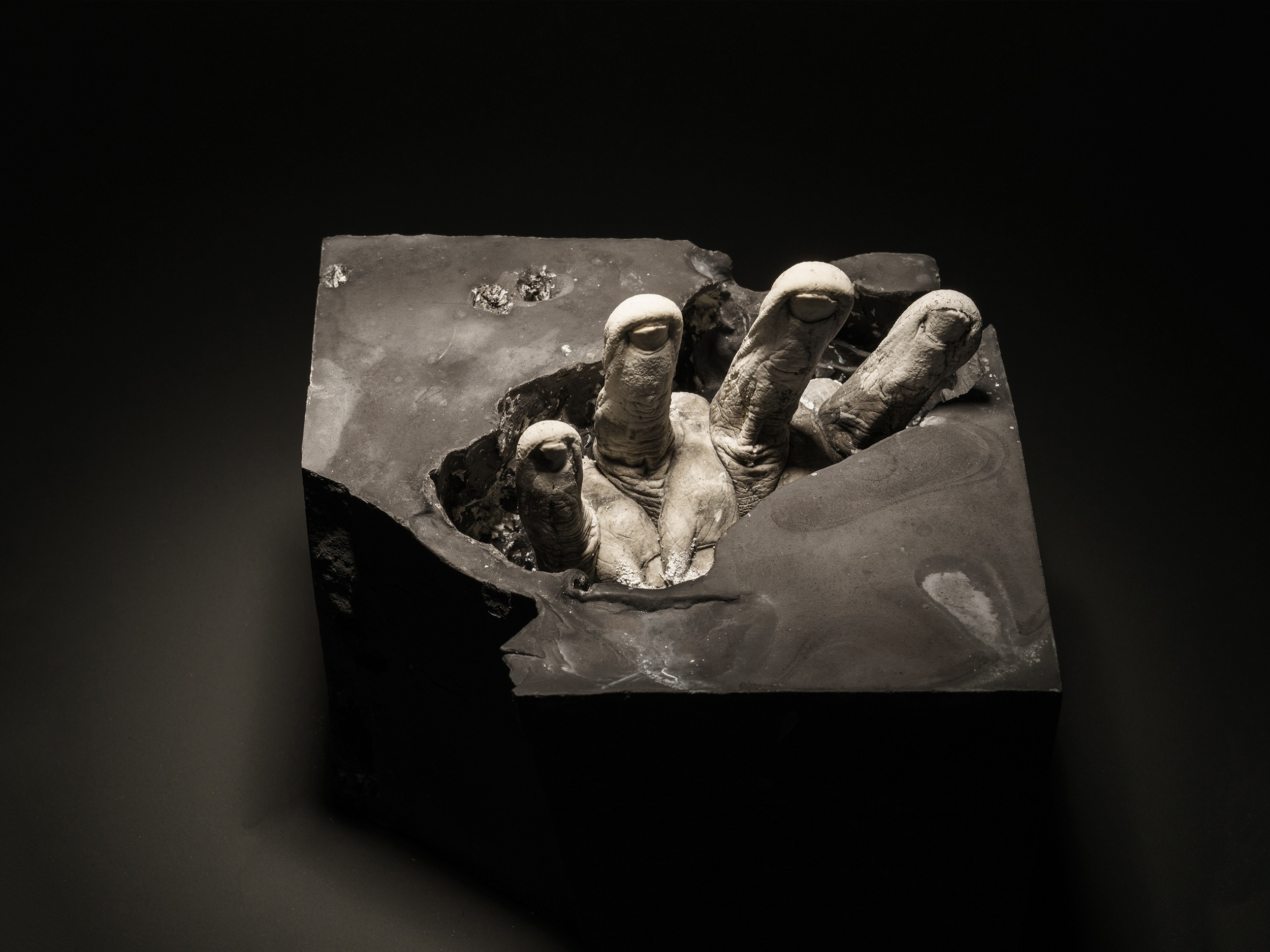 Wendy Richmond hand sculpture archaeology