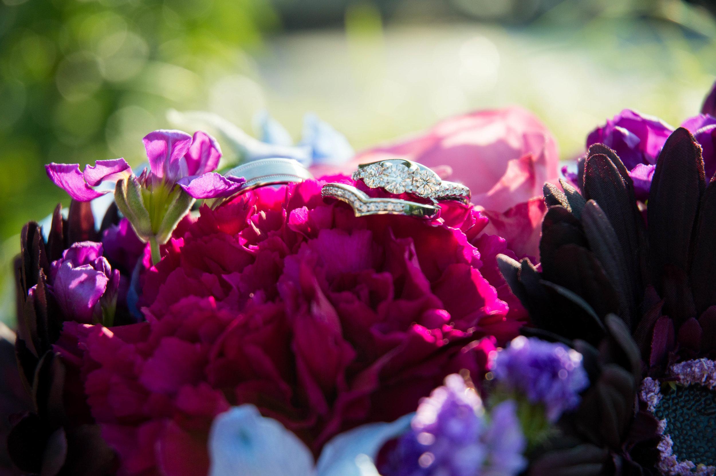 The Legends in Hartland, Wisconsin Bride, Wisconsin Wedding Photographer