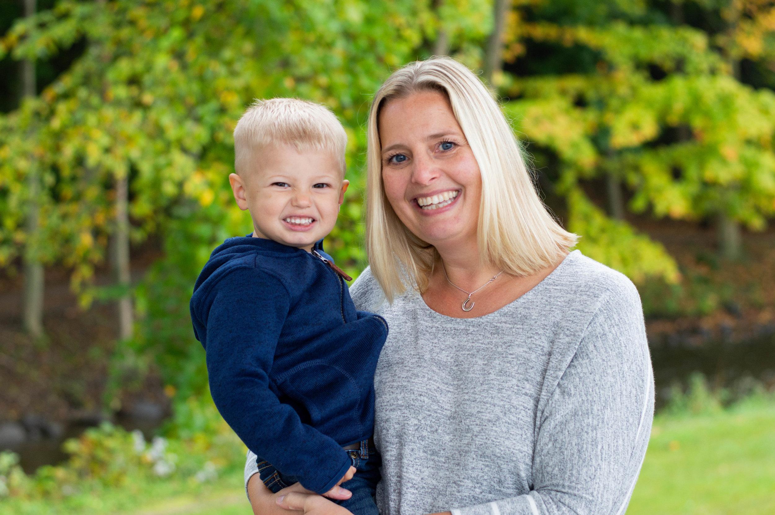 Vanessa Jordan Families, Plymouth Wisconsin, Fall Family Session