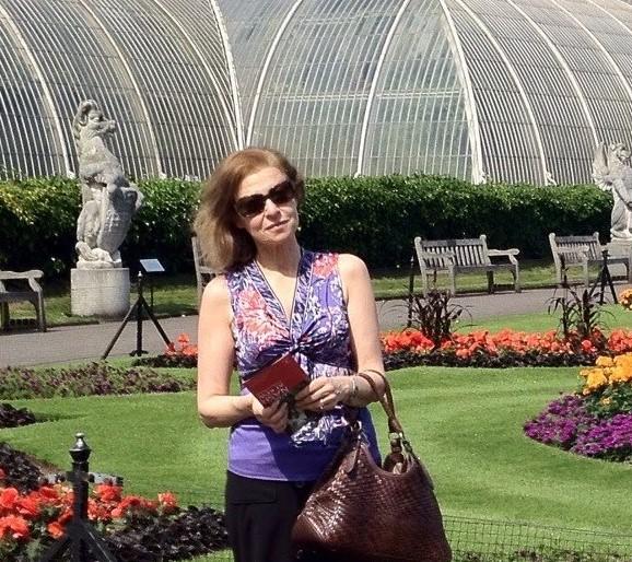 samia Kew gardens (2).jpg