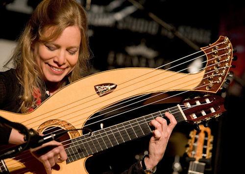 MurielAnderson-HarpGuitar.jpeg