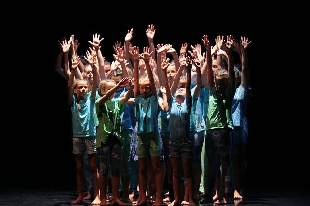 2018 Troi Elfi Community Dance.jpg