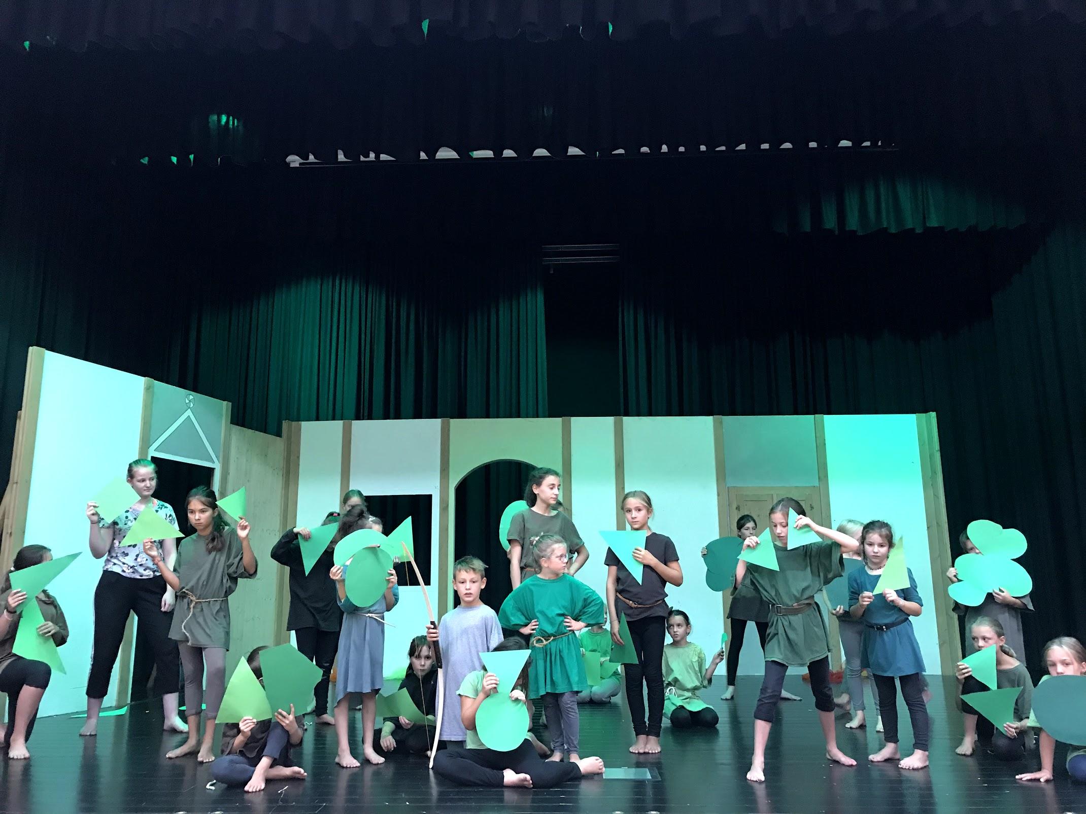 2018 Robin Hood 01.jpg