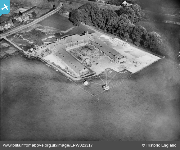 Stanmore School under construction - September 1928  Courtesy of Historic England