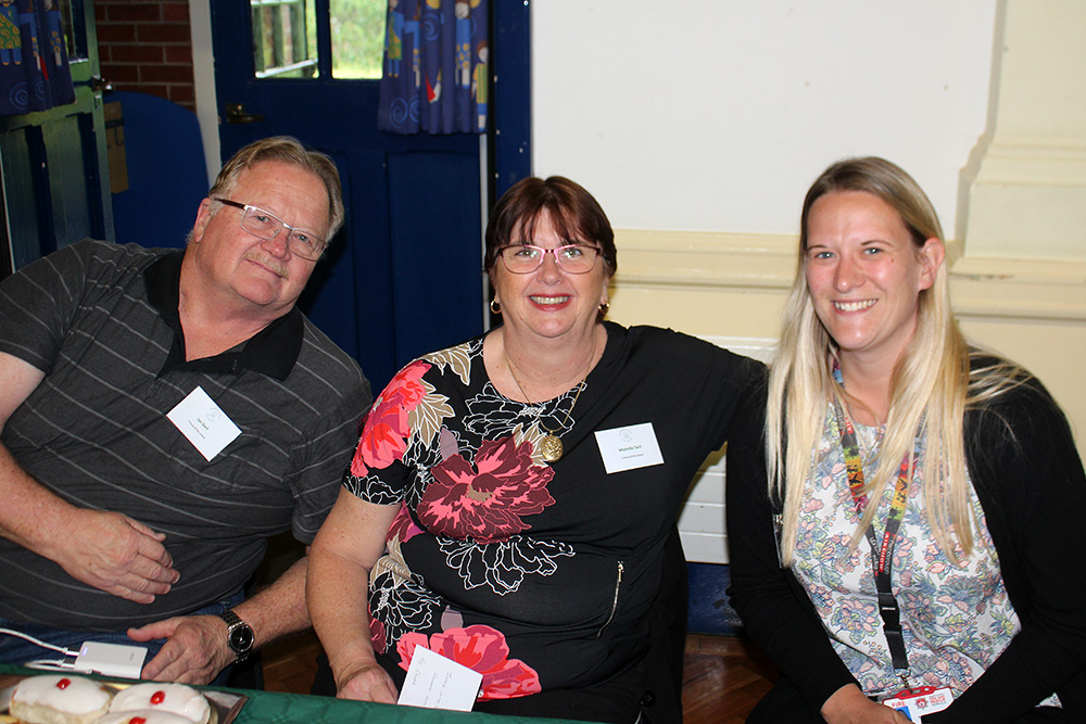 Friends of the school: Ian and Michelle Dart with Councillor Roz Chadd, Executive Member for Education and Skills HCC