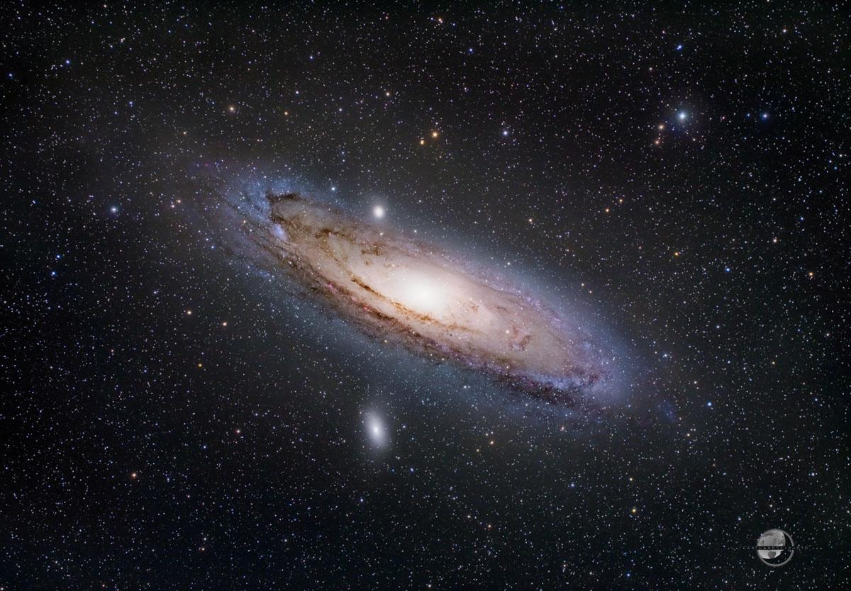 The Great Andromeda Galaxy (Tak 85FSQ and AP130EDF)