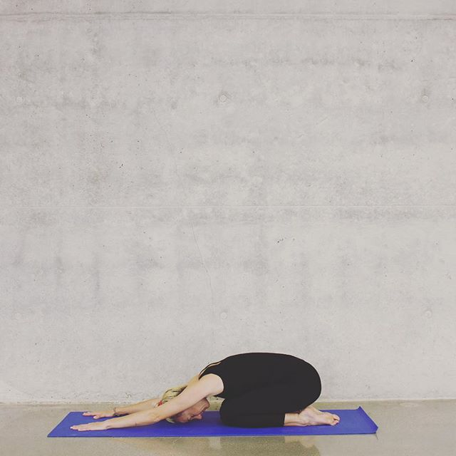 """Self care means giving yourself permission to pause."" Restore, relax and reenergize tonight at Restorative Yoga at Flow Space tonight at 6:45 with the amazing Ann Caywood.  Drop in and enjoy one of the best things you can do for yourself. ✌🏻#flowspace #restorativeyoga #yoga #selfcare"