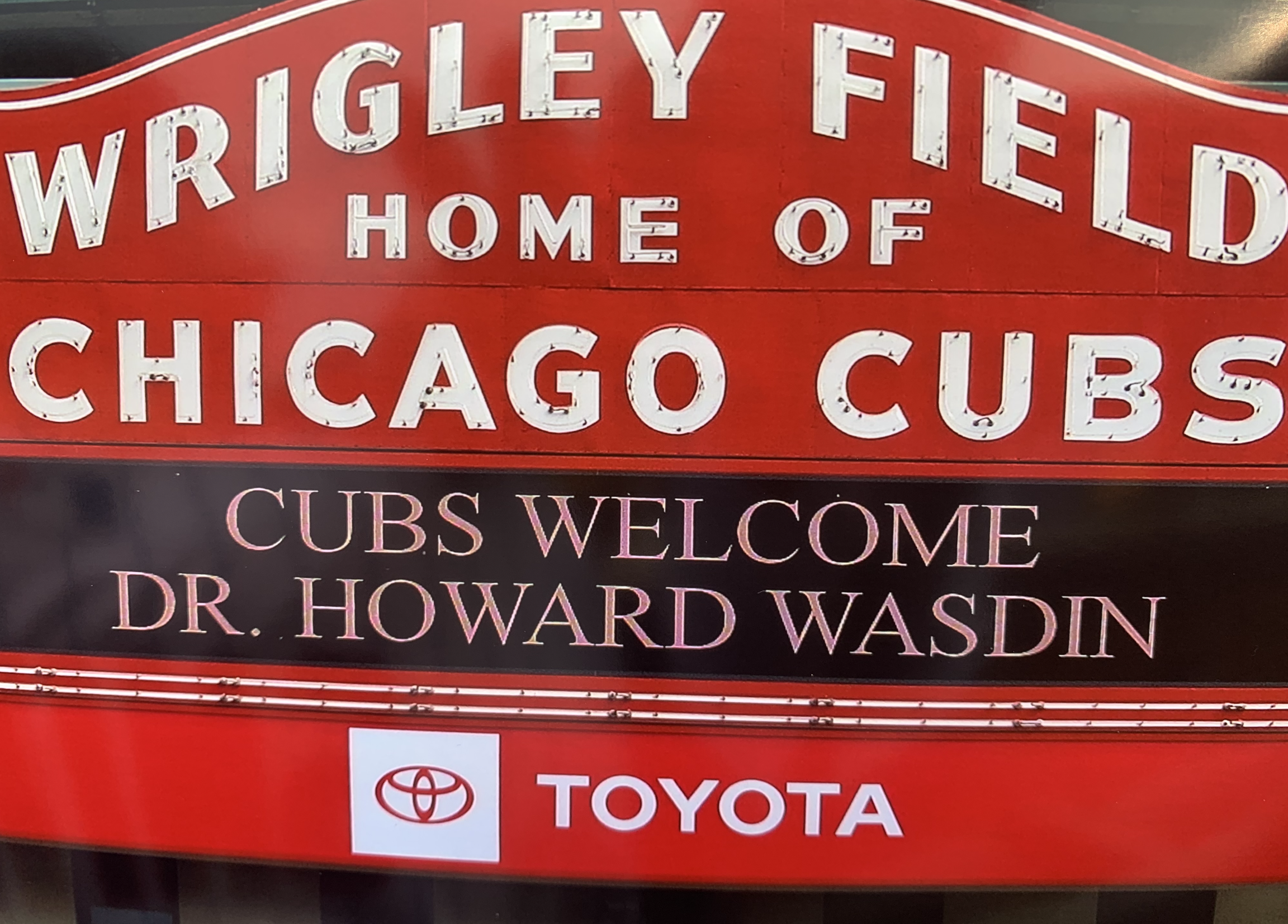 Howard welcomed by the Chicago Cubs to throw the ceremonial first pitch