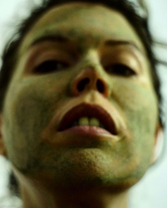 My name is mud . . . . . . #art #photography #photoart #artwork  #artistsoninstagram #artist #photographer #instaartist #instaart  #bodypositivity #arty #bodypositive #artofinstagram #artsy #modernart #feministart #feminist #isolation #selfie #portrait #dirty #messy
