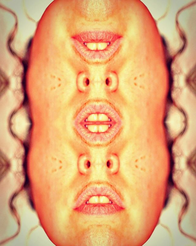 oh. . . . . . . #art #photography #photoart #artwork #kaleidoscope #photo #geometric #feminist #feministart #bodypositive #shapes #artistsoninstagram #artist #artsy #photographer #instaartist #inversion #instaart #beauty  #bodypositive #bodypositivity #arty #beautiful #artofinstagram #patterns #mouth #portrait