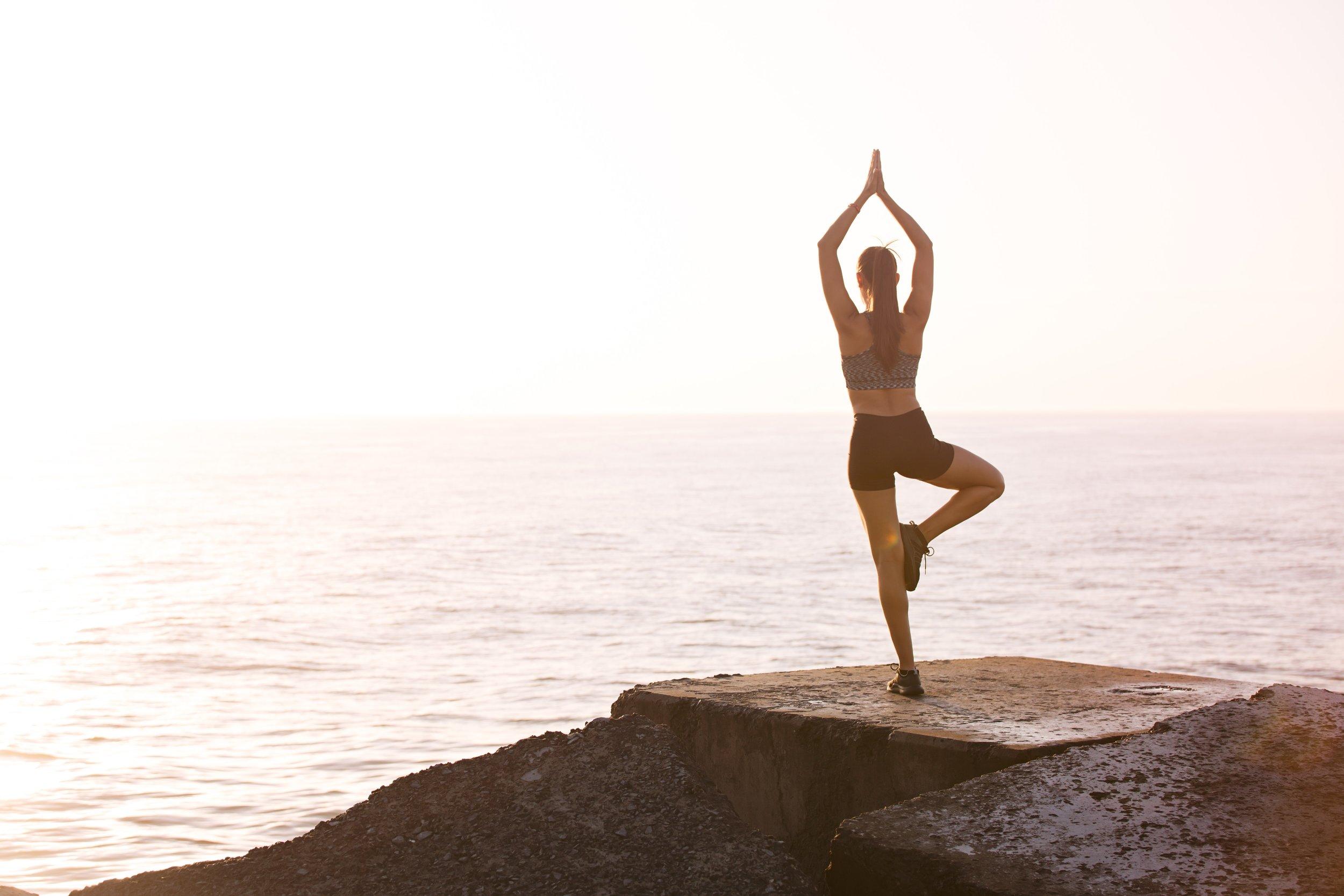 balance-beach-girl-1199589.jpg
