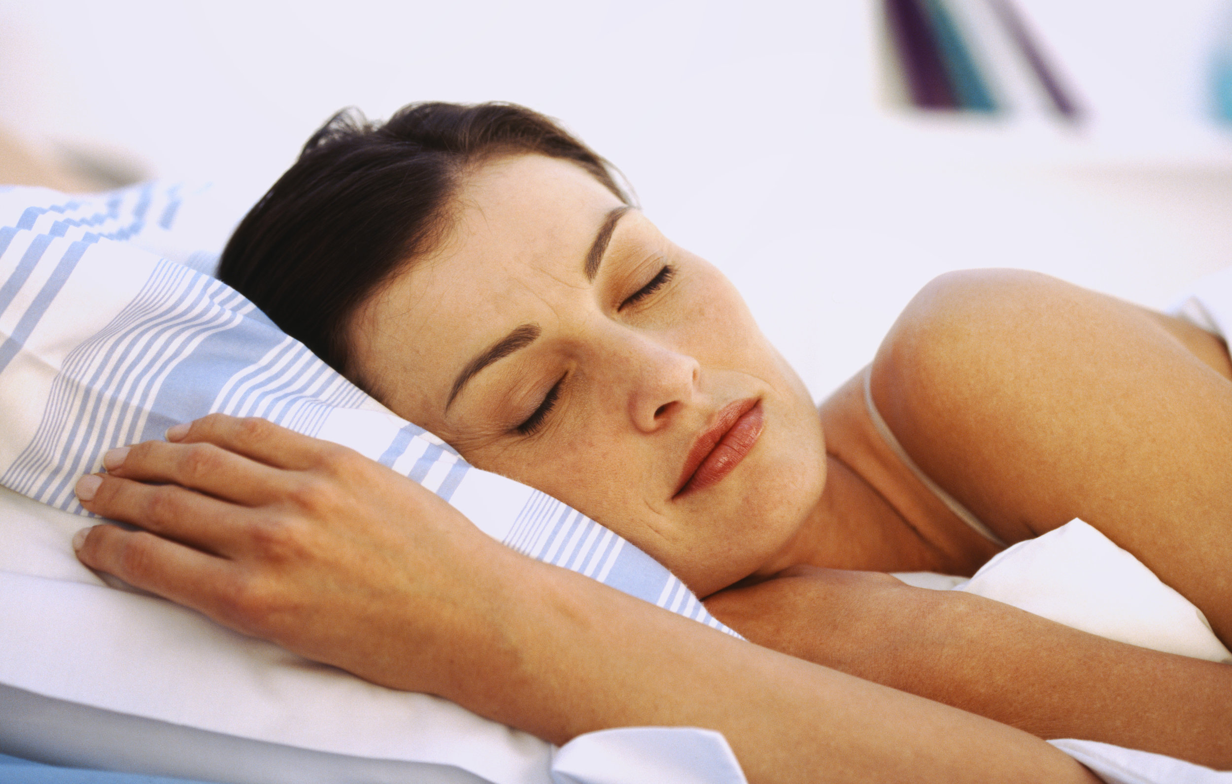 8 Best Pillows for Side Sleepers With Neck and Shoulder Pain