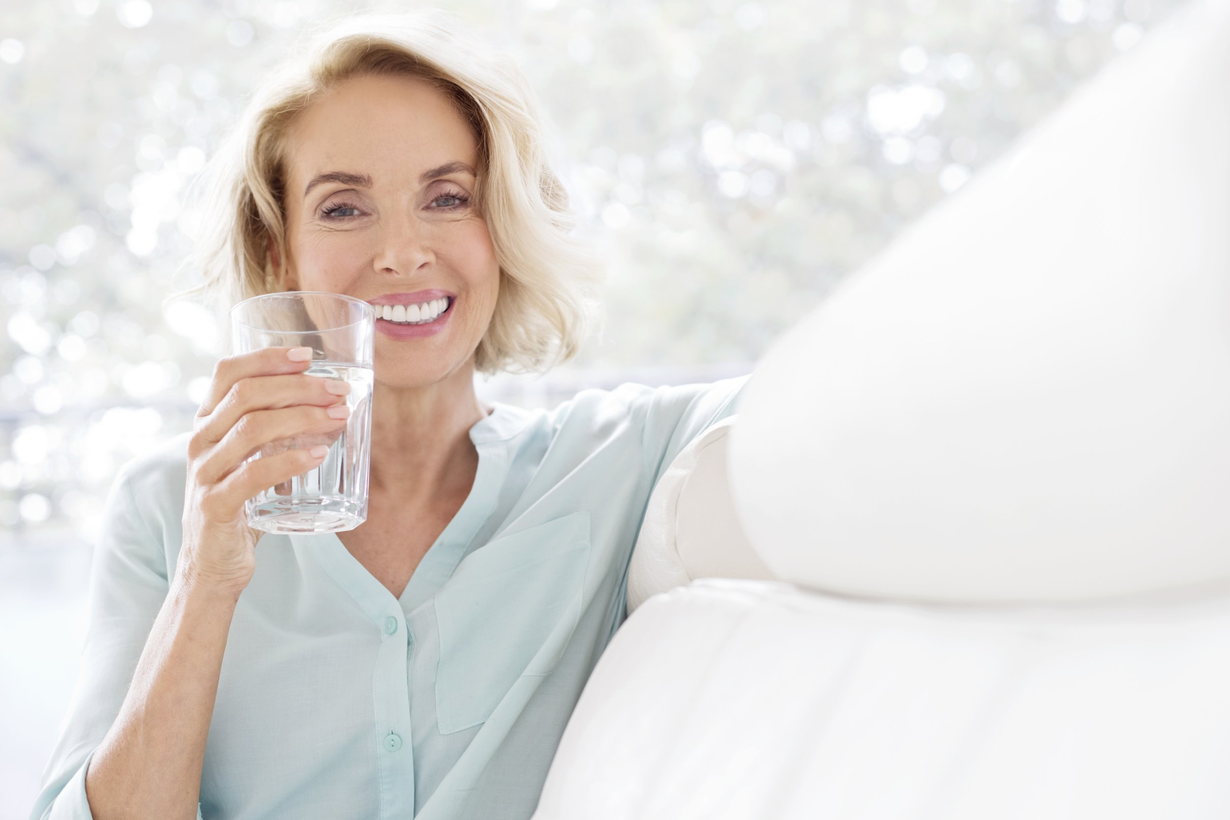 Say Goodbye to Stomach Pain With the Best Fiber Supplements for Women Over 50