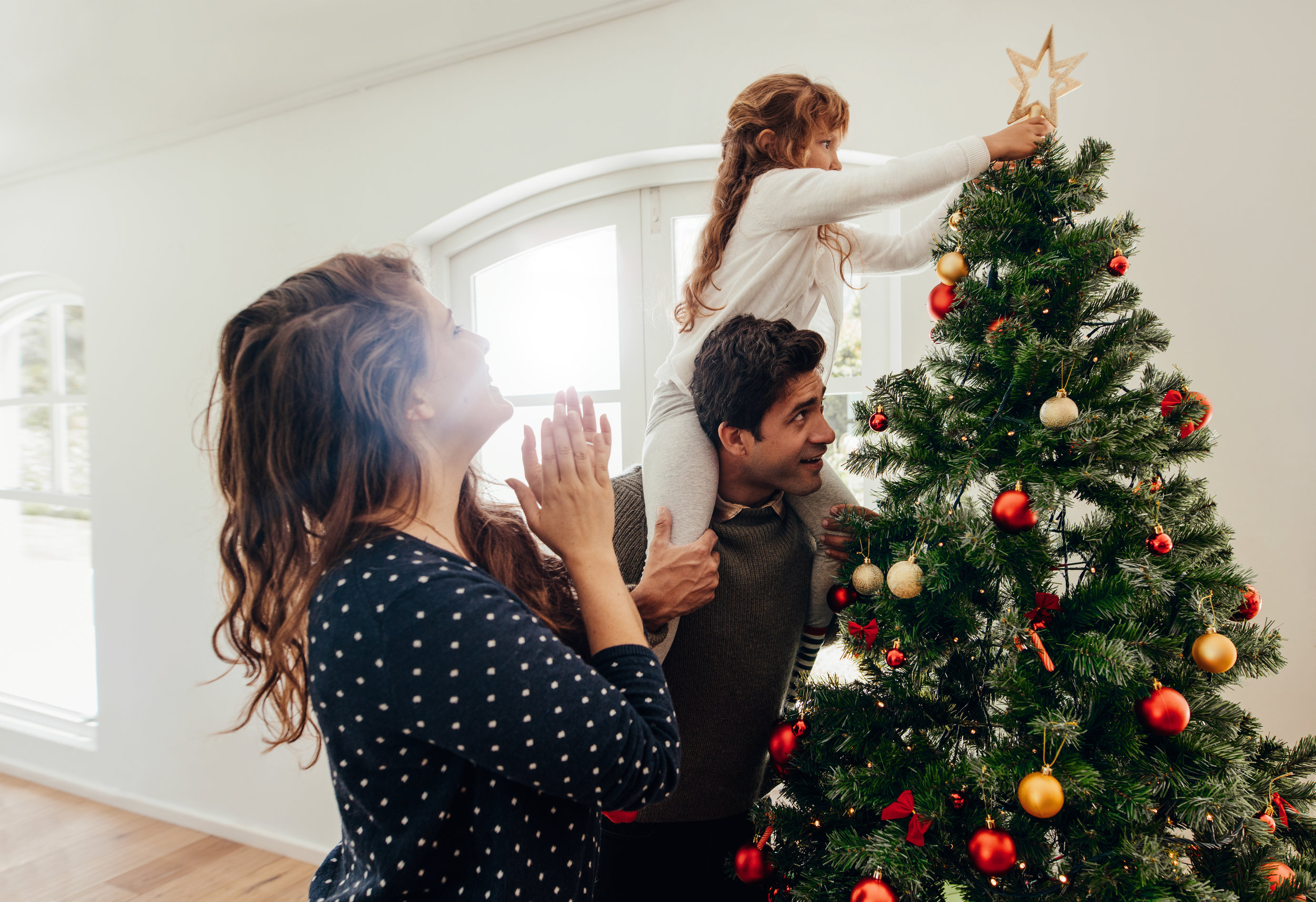 17 Best Christmas Tree Toppers That Make the Prettiest Sight to See