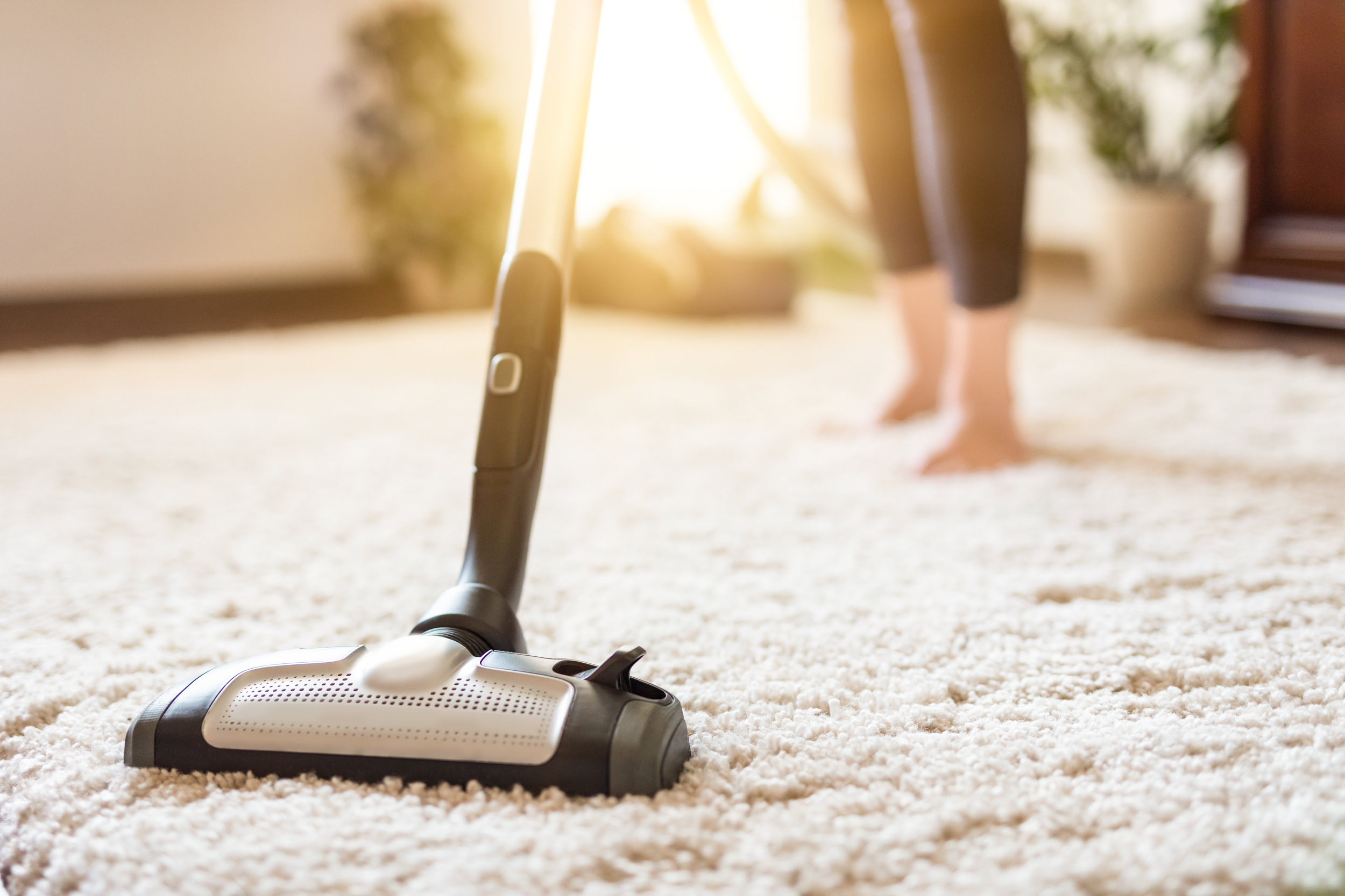 Keep Your Home Smelling Fresh with This Essential Oil Vacuum Hack