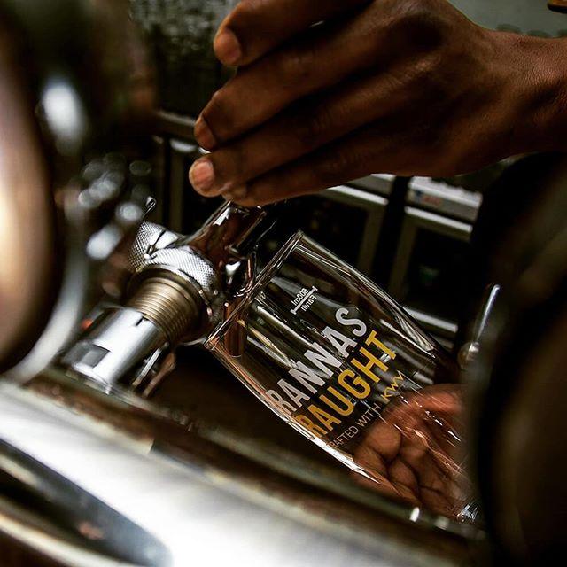 Les Jou Hump Day Dors! 🍻🇿🇦👌🏼 #brannas #brandyandcola #ontap #craft #proudlysa #KWV #kegged #lekker #proesoosnog #humpday #brandy #cheers #drinkbrannas #brannasdraught