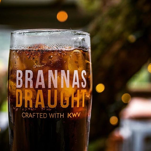 TGIF! Bring on the weekend 🙌🏼🇿🇦🍻 #brannas #ontap #brandyandcola #craft #brannasdraught #proudlysa #KWV #kegged #lekker #proesoosnog #friday #weekend #brandy #drinkbrannas #TGIF #localislekker