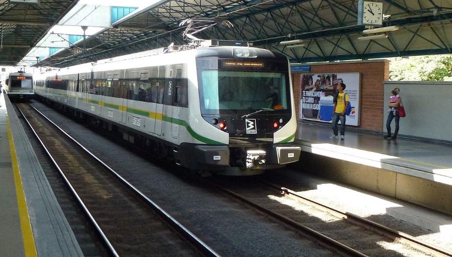 Metro de Medellín train