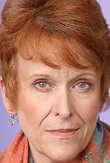 Kerns, Linda Headshot.jpg