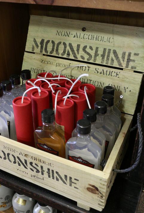 S_Kitchen_Moonshine.png