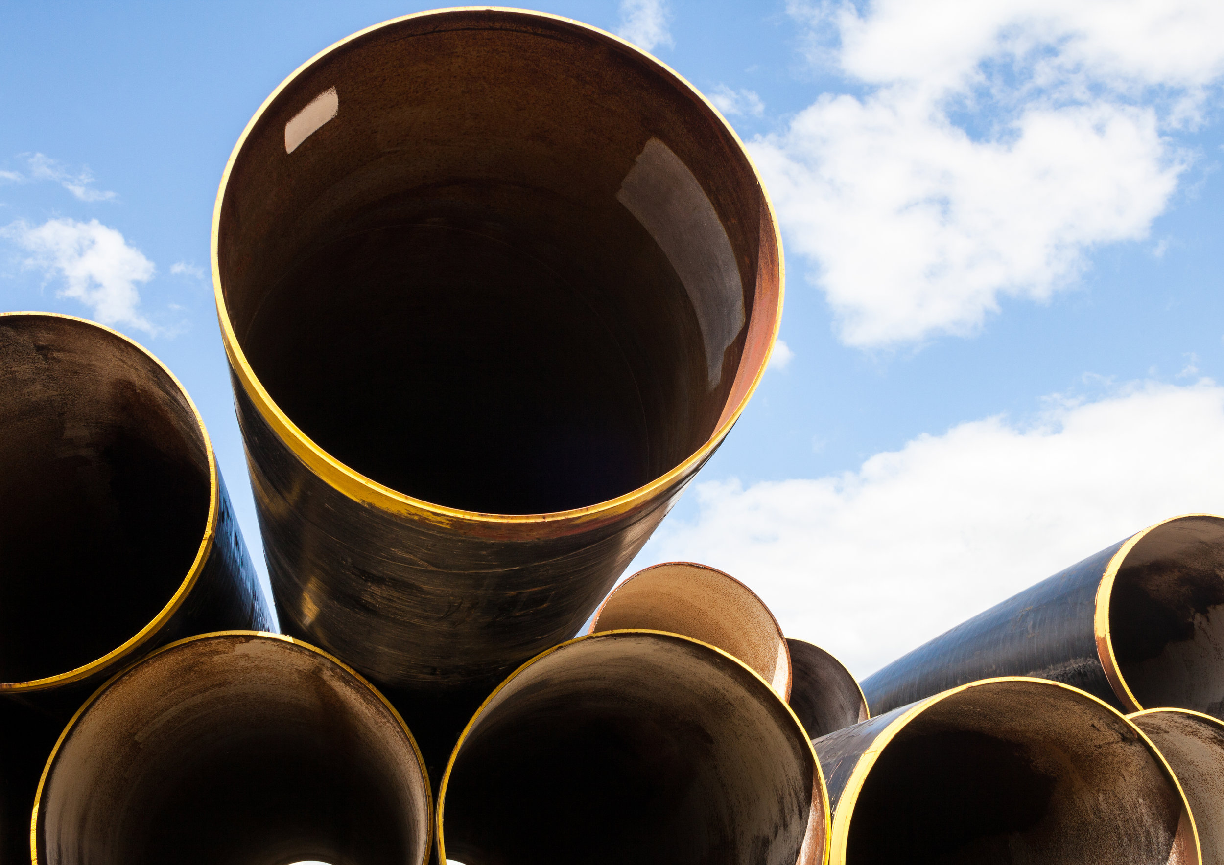 Metal-pipes-893714608_5011x3544.jpeg