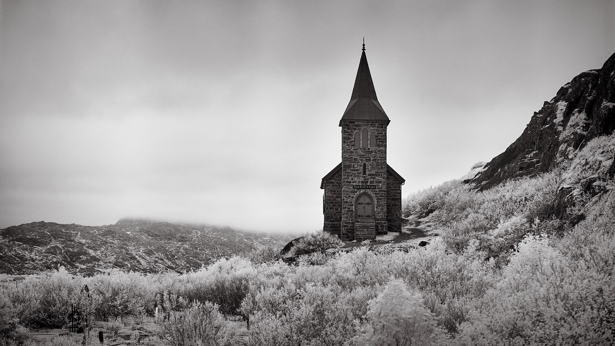 A panorama in infrared / Fujifilm X-T1 ISO 400 1/180a f/2.8 80mm (four images stitched together)