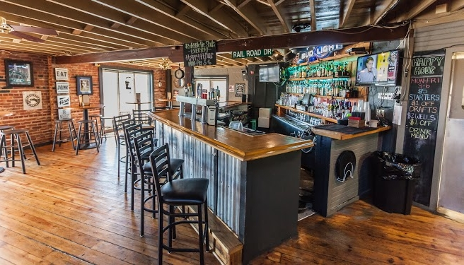 Konrad S Kitchen Tap House The Strother District Downtown Lee S Summit Lee S Summit Restaurants Lee S Summit Bars Lee S Summit Music