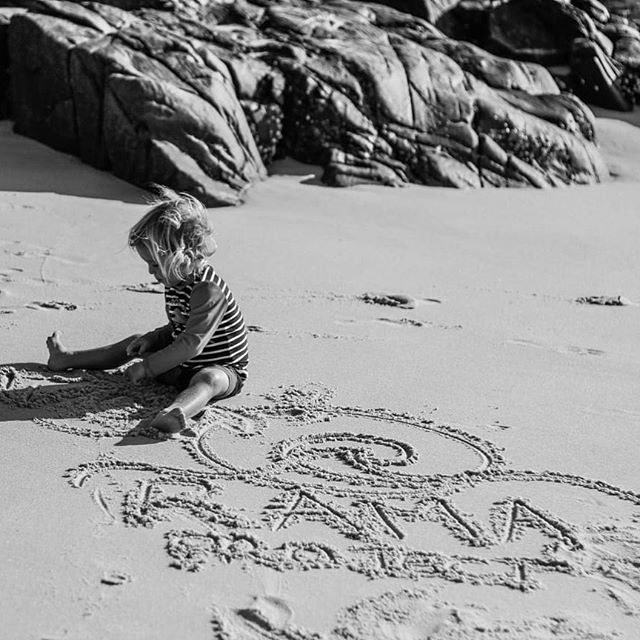 Kai playing on Granite beach... natural paradise 🌞 #naturalzinc #sunshinecoast