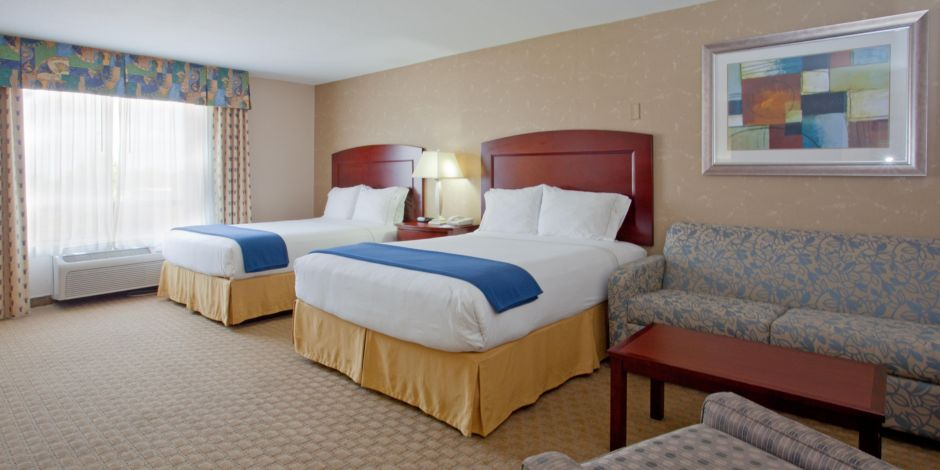 holiday-inn-express-and-suites-college-station-4242030677-2x1.jpeg