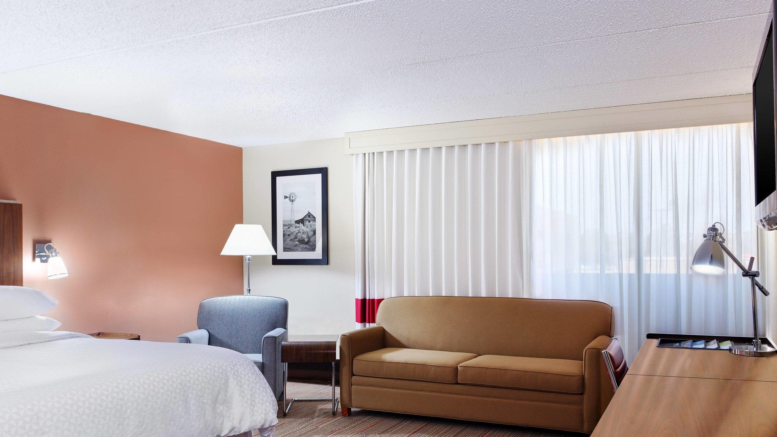 cllfp-guestroom-9666-hor-wide.jpg