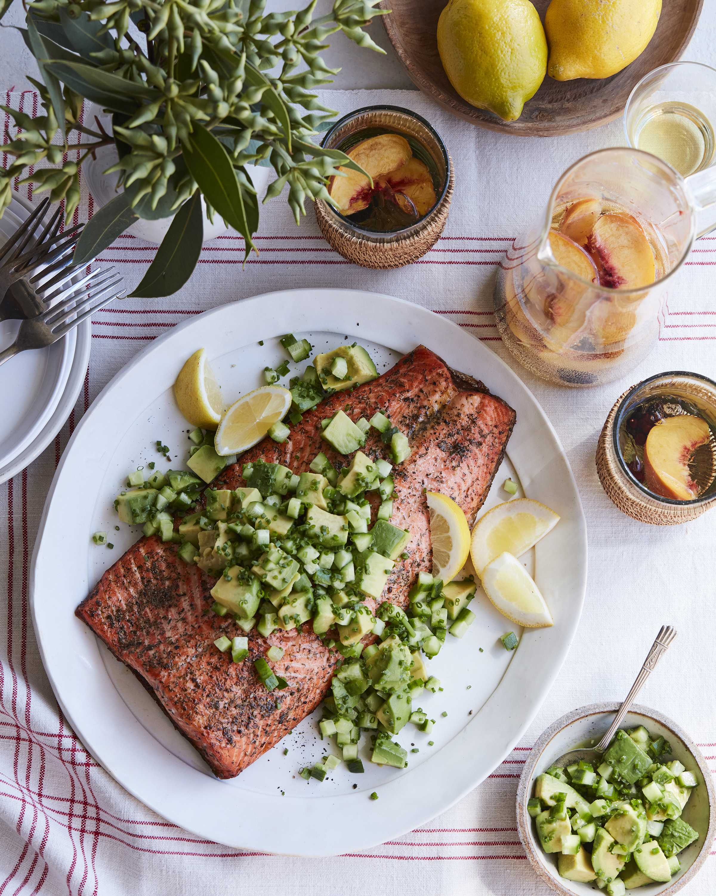 100918_COOK_WHOLE_ROASTED_SALMON_2.jpg