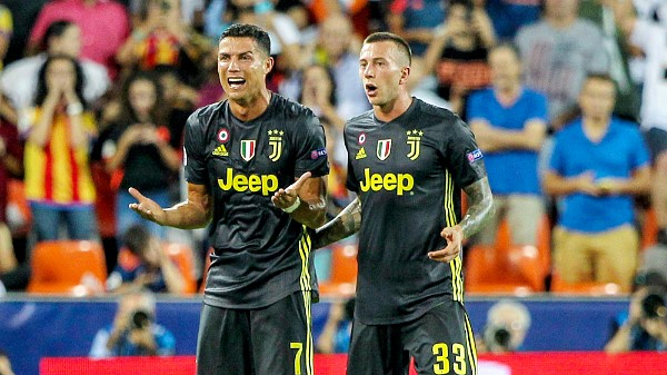 Ronaldo-Red-Card-Juventus-091919-edit.jpg.png