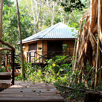 Eden-Hope-Vanuatu-Bungalow-2.jpg