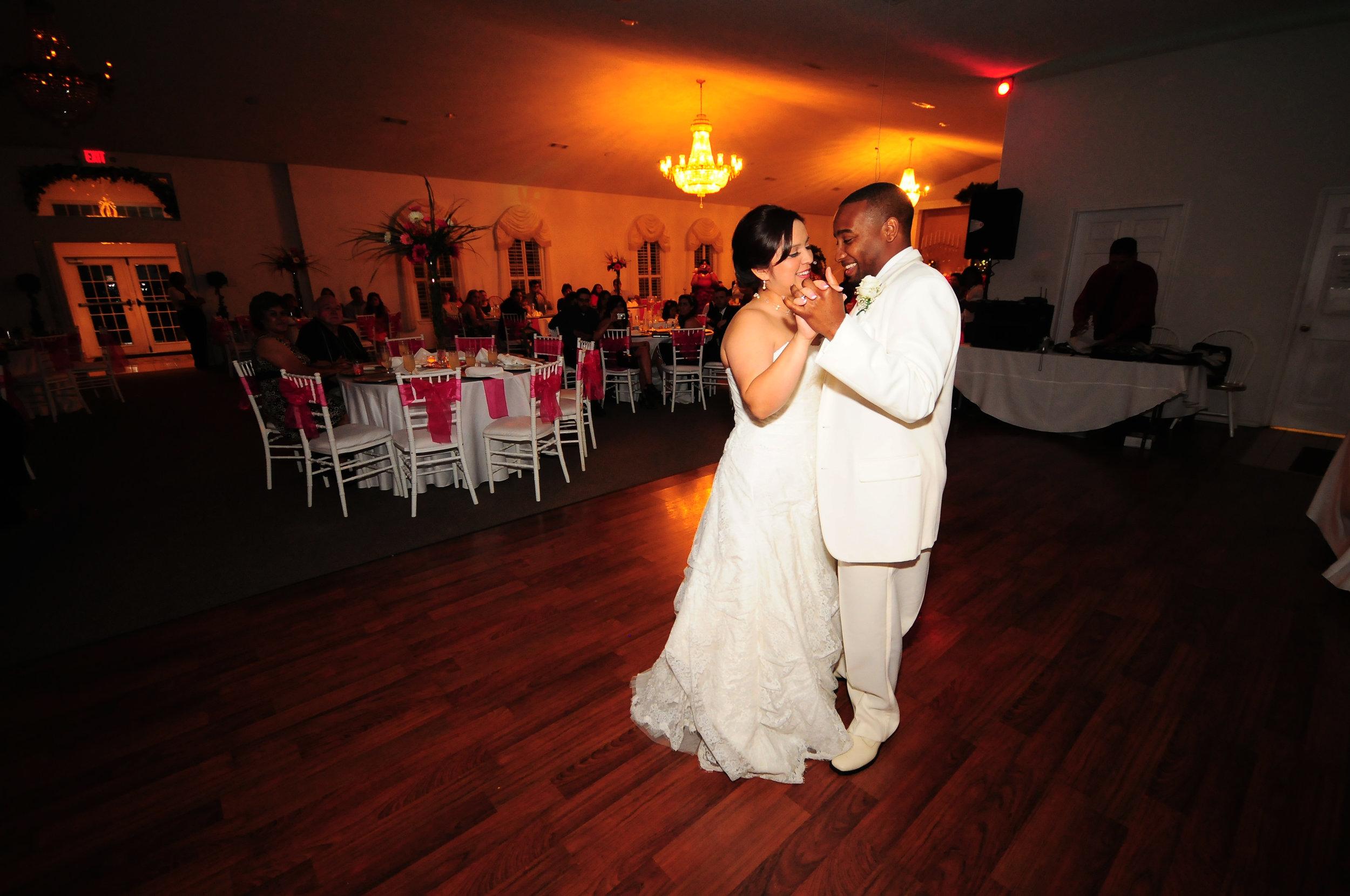 dallas bride wedding groom.jpg