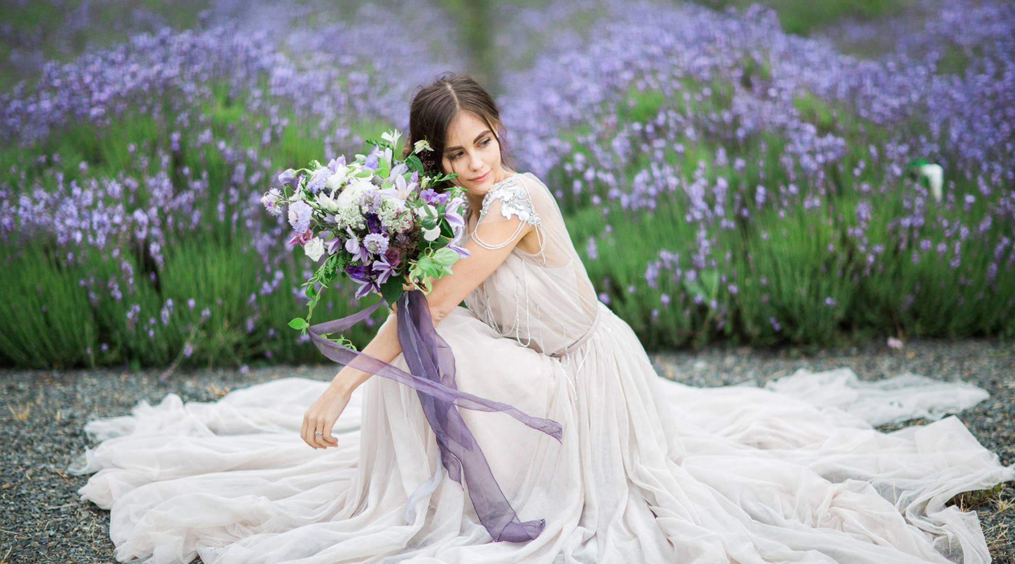 Photo credit: Photography: Maru Photography; Wedding gown: Luxx Nova '