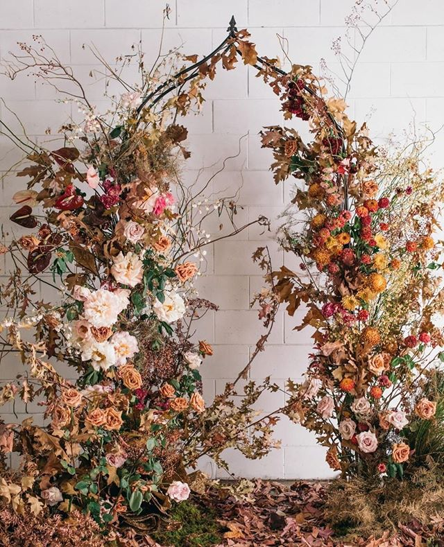 AUTUMN VIBES⠀⠀⠀⠀⠀⠀⠀⠀⠀ ⠀⠀⠀⠀⠀⠀⠀⠀⠀ Happy hump day! ⠀⠀⠀⠀⠀⠀⠀⠀⠀ .⠀⠀⠀⠀⠀⠀⠀⠀⠀ Ooooh it's fresh outside and that autumnal chill looks like it's here to stay. So keeping in with this theme and providing a little inspo today, can we take a moment to appreciate this stunning autumnal inspired floral backdrop, great for a woodland themed wedding and perfect in a rustic style location. 🍂🍁🍂⠀⠀⠀⠀⠀⠀⠀⠀⠀ .⠀⠀⠀⠀⠀⠀⠀⠀⠀ When styling and designing your wedding, I'm passionate about  bringing the outdoors in and taking inspiration from nature.  Nothing too heavy and over the top, but more subtle touches of the countryside can be seen. Organic and natural are key themes that are often part of the design process, such as this wild yet rustic look. ⠀⠀⠀⠀⠀⠀⠀⠀⠀ . ⠀⠀⠀⠀⠀⠀⠀⠀⠀ Posted @withrepost • @ruffledblog ⁠⠀⠀⠀⠀⠀⠀⠀⠀⠀ ⁠.⠀⠀⠀⠀⠀⠀⠀⠀⠀ ⁠.⠀⠀⠀⠀⠀⠀⠀⠀⠀ planner, stylist + florist @ivyandbleuevents photo @figtreepictures dress @whitelilycouture custom backdrop @veryflamingo hair accessories @andyoubridal hair + makeup @shannonhope_makeupartist cake @milkandhoney.cakecreative stationery @littlegreenleaf_aus⁠⠀⠀⠀⠀⠀⠀⠀⠀⠀ ⁠.⠀⠀⠀⠀⠀⠀⠀⠀⠀ .⠀⠀⠀⠀⠀⠀⠀⠀⠀ #autumnwedding #autumnweddings #autumnweddingdesign #autumnweddingflowers #weddingflowersinspiration #weddingceremony #floralbackdrop #ceremonybackdrop  #bohoweddings #rusticluxewedding #rusticchicwedding #rusticstyling #understatedelegance #naturallyeffortless #bohobrides #bohochicwedding #rusticdecor #wedding2020 #2021wedding #naturewedding #botanicalwedding #countryweddings #essexweddings #essexweddingplanner #essexweddingsupplier #essexbride #suffolkwedding #suffolkbride #suffolkweddingplanner #hummingbirdweddingsandevents