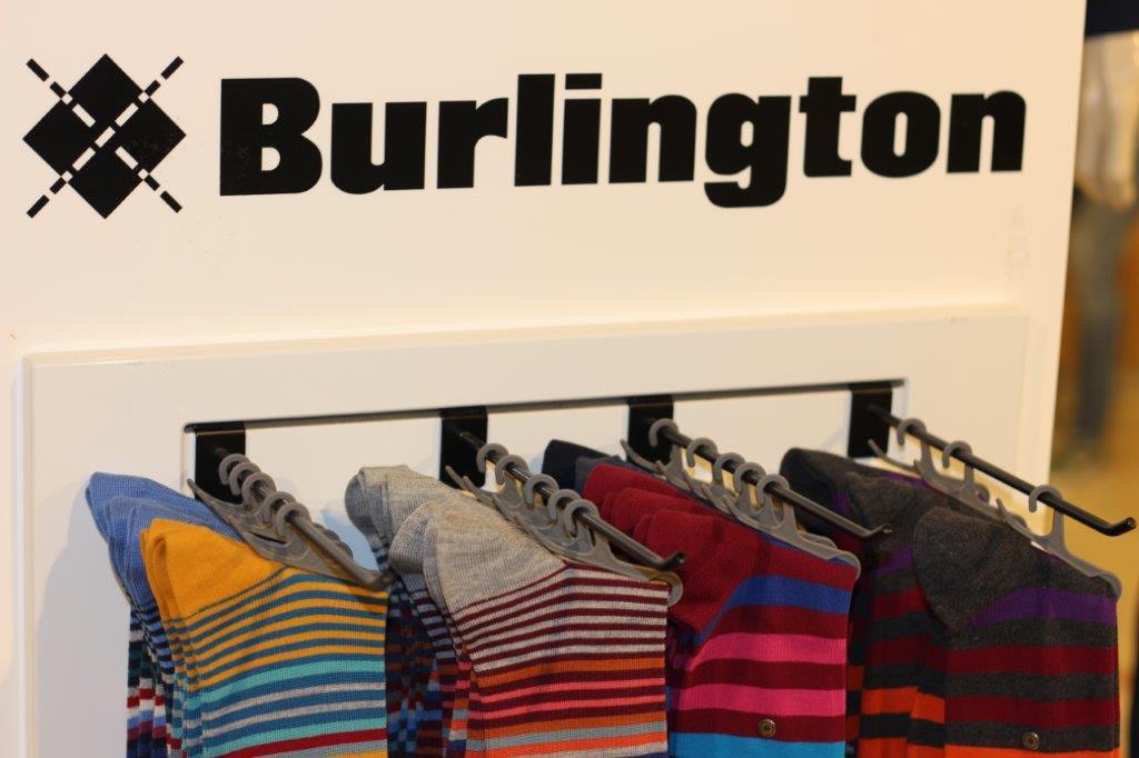 Burlington - Jeder kennt sie: die typische Raute, die gerne für das Design von Socken verwendet wird. Dieser Klassiker hat den Spezialisten für Socken und Strumpfwaren Burlington bekannt gemacht. Und auch für Kinder hält die Marke Socken mit farbenfrohen Designs bereit.