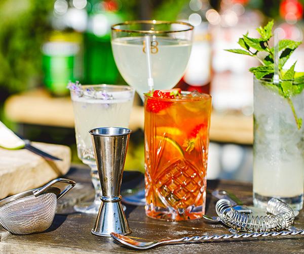 Savva_Parties_Cocktail_Hour.jpg