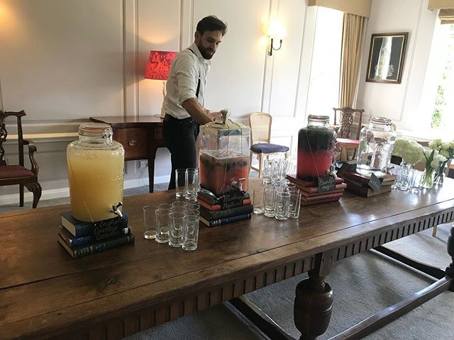 We had an absolutely fantastic time catering and serving drinks at Benny and Sarah's wedding! A fabulous day  #wedding #bar #catering #cocktails #morocco #alcohol #food #brinsop #hereford #worcester #savvabars #mobilebar #catering