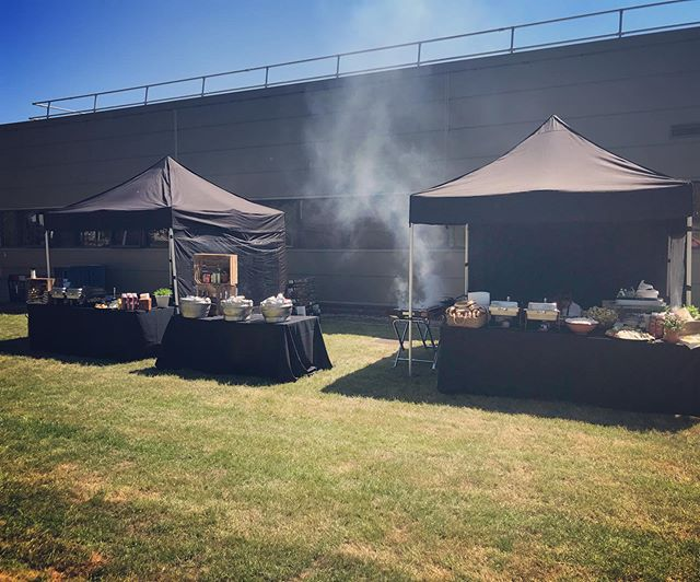 Throwback to a few weeks ago where we BBQ'd for 350 guests! 🌭🍔🥬🥒🌽🍅