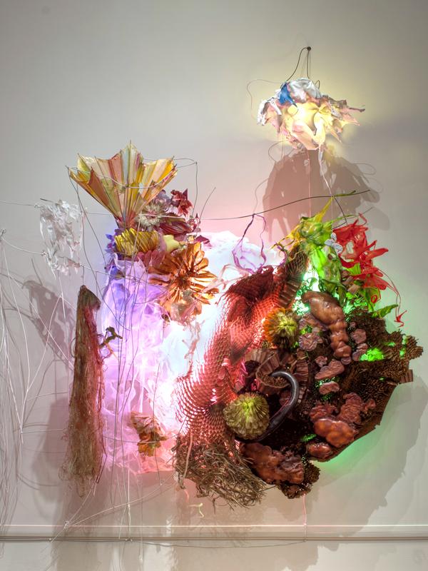 The Frightening Sound of Munch, Munch, Munch, Lit, 2011