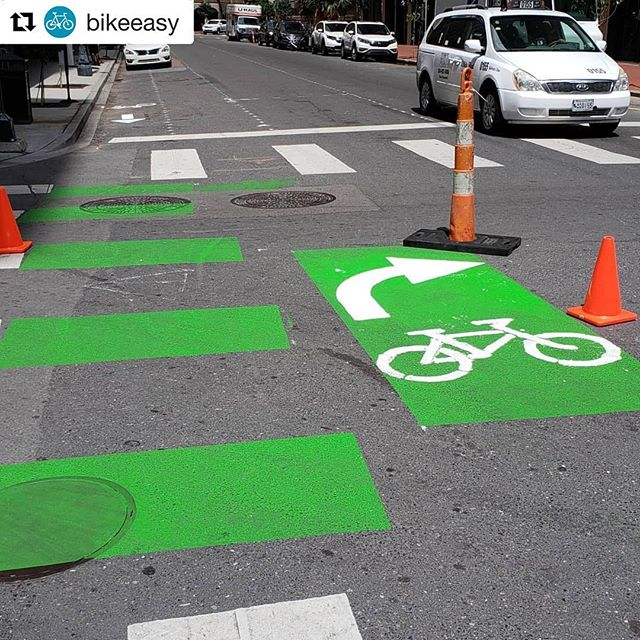 This bike box is located on Baronne and Gravier. Bike boxes are placed at an intersection to provide bicyclists with a safe and visible way to position themselves in front of traffic during a red signal.  #connectthecrescent #bikebox #bikesafety