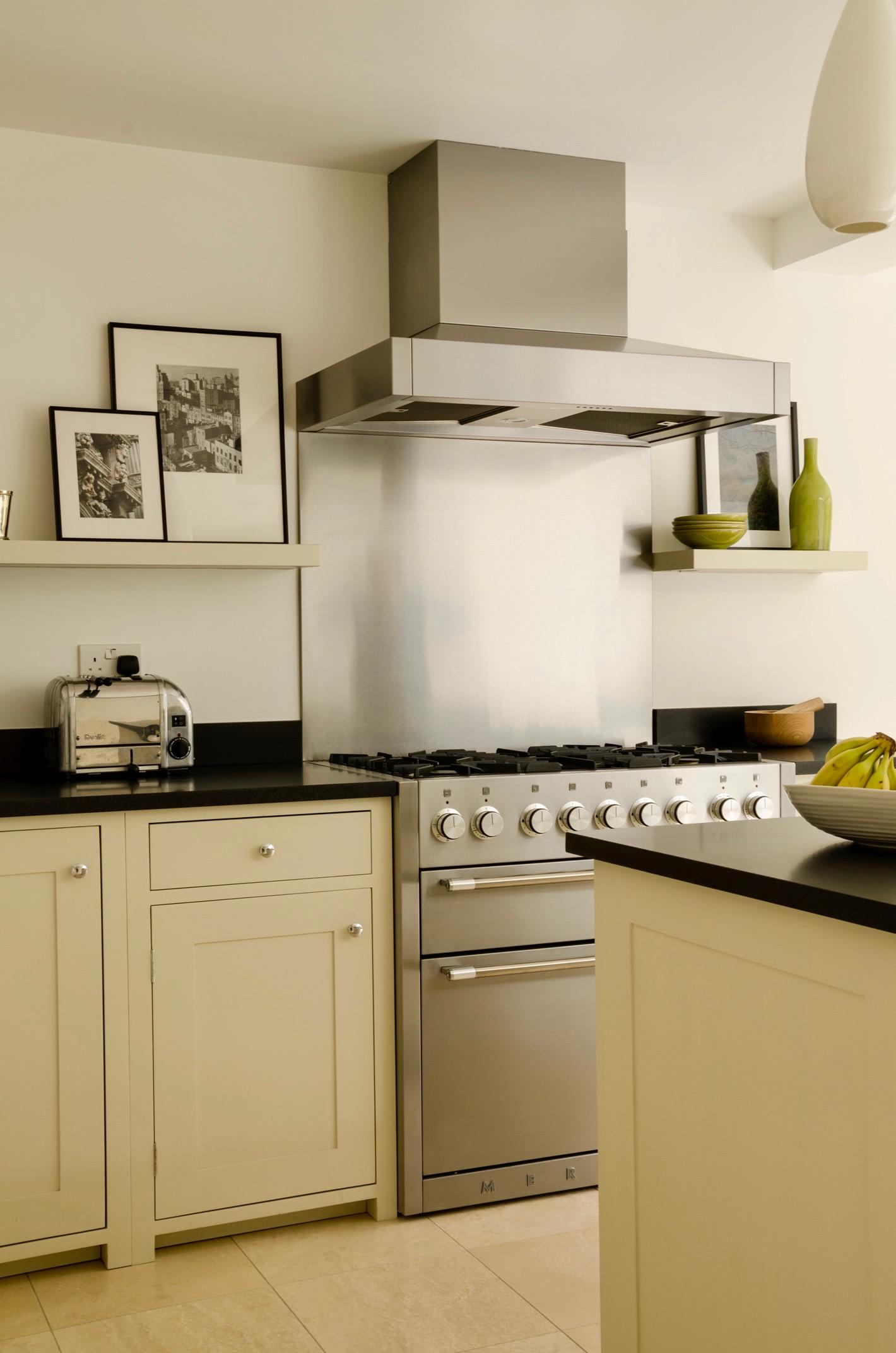 kitchen 3 copy.jpg