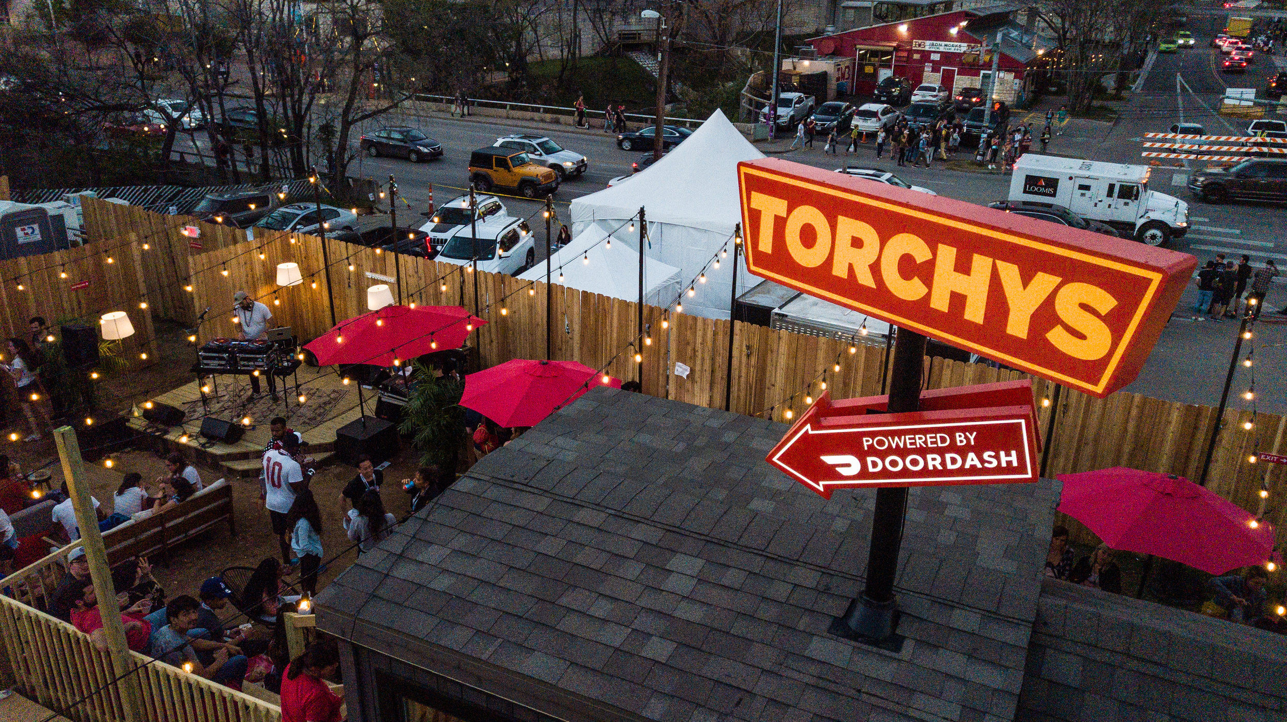 DOORDASH x TORCHYS SXSW   With tasty bites behind every door, we transformed a blank space for this one including everything from custom neon's to a purpose build tiny home. This combination of branding and talent such a Cee Lo Green made for an awesome party!
