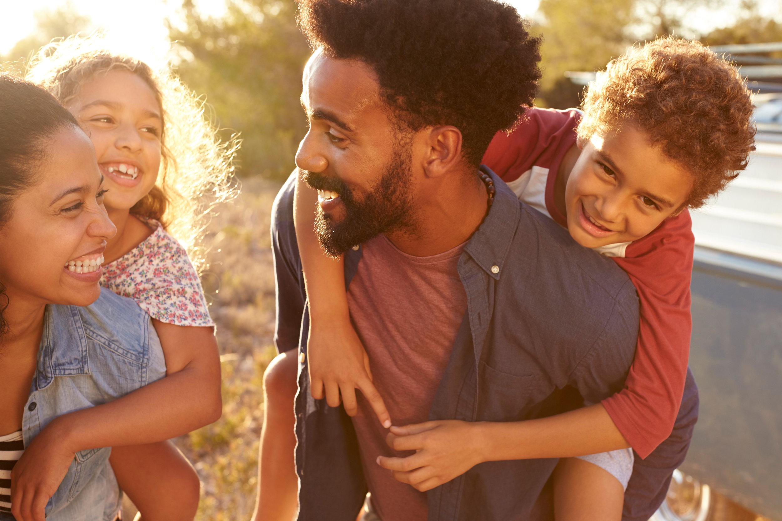 Nuestra Mision - Pathways to Change ha servido a los condados de Chatham, Orange y Durham, NC y sus comunidades durante casi 25 años. Los servicios actuales que se prestan incluyen la Intervención de Abuso de Pareja (Clases de Violencia Doméstica) certificada por Carolina del Norte, el Manejo de la Ira/enojo, la Planificación de Sentencias y el Programa de Padres Fuertes (Strong Fathers Program). Todos los servicios se ofrecen en un ambiente de apoyo y responsabilidad, brindando a los clientes un camino hacia un crecimiento y cambios positivos.Aprende Mas