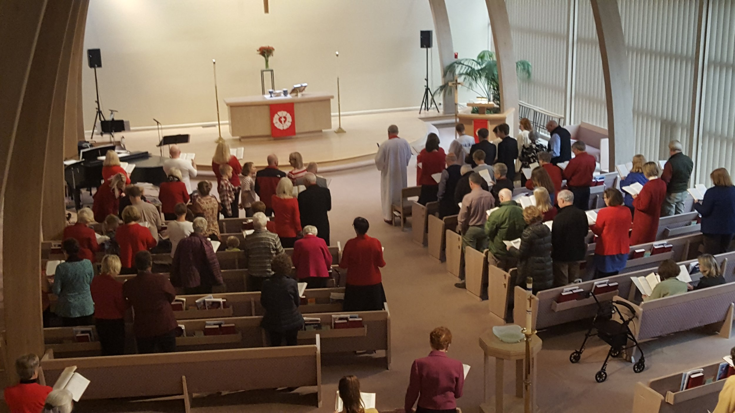 Worship - We gather as a community of believers on Sunday mornings at 8 a.m. in the Chapel and 10 a.m. in the Sanctuary to hear God's word, sing and pray together.Learn More