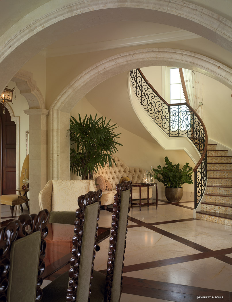 2095403-3 Staircase and settee.jpg